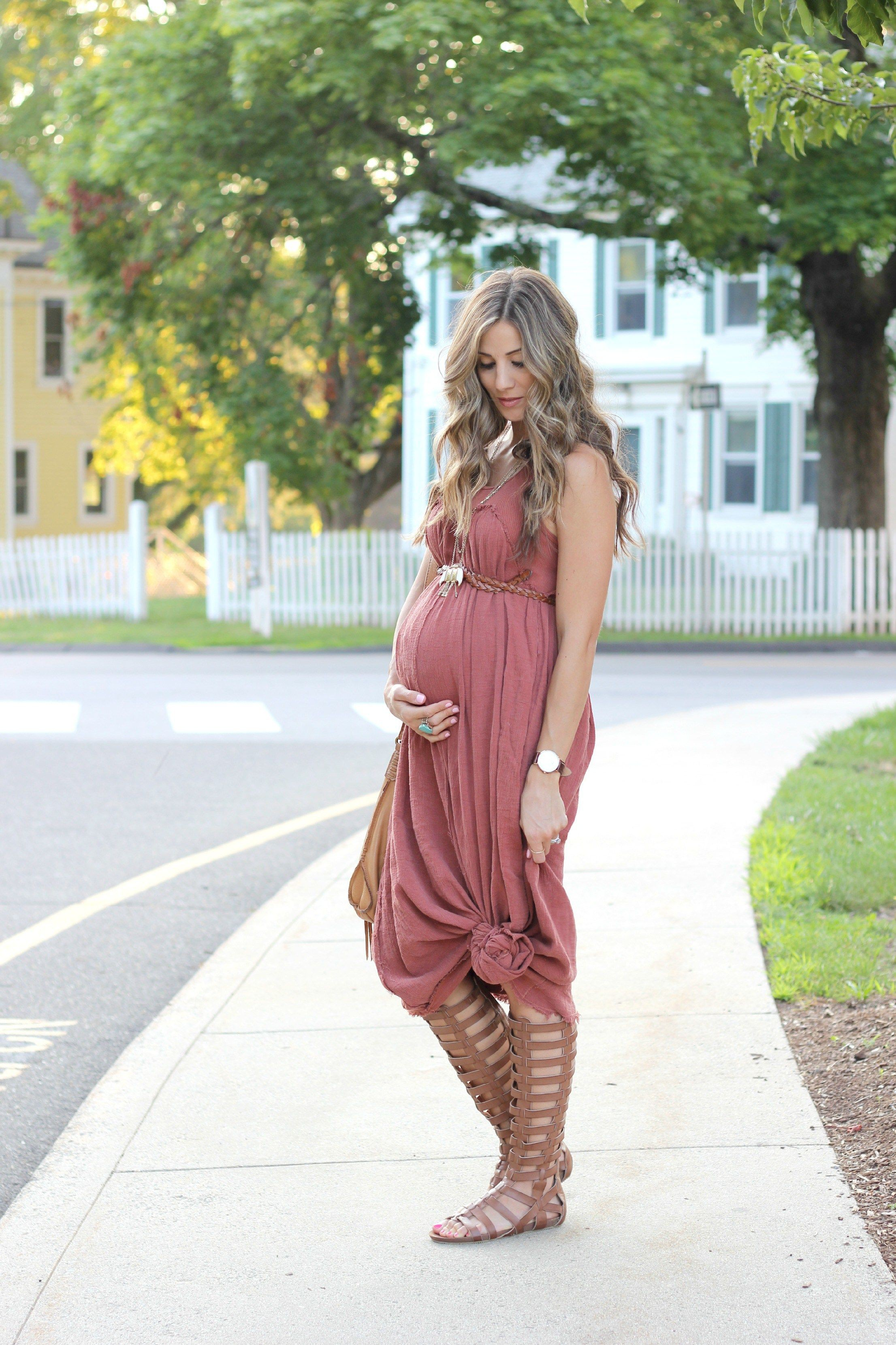 Outfit Ideas For Pregnant Ladies – Maternity Outfits, Maternity clothing, Maxi dress