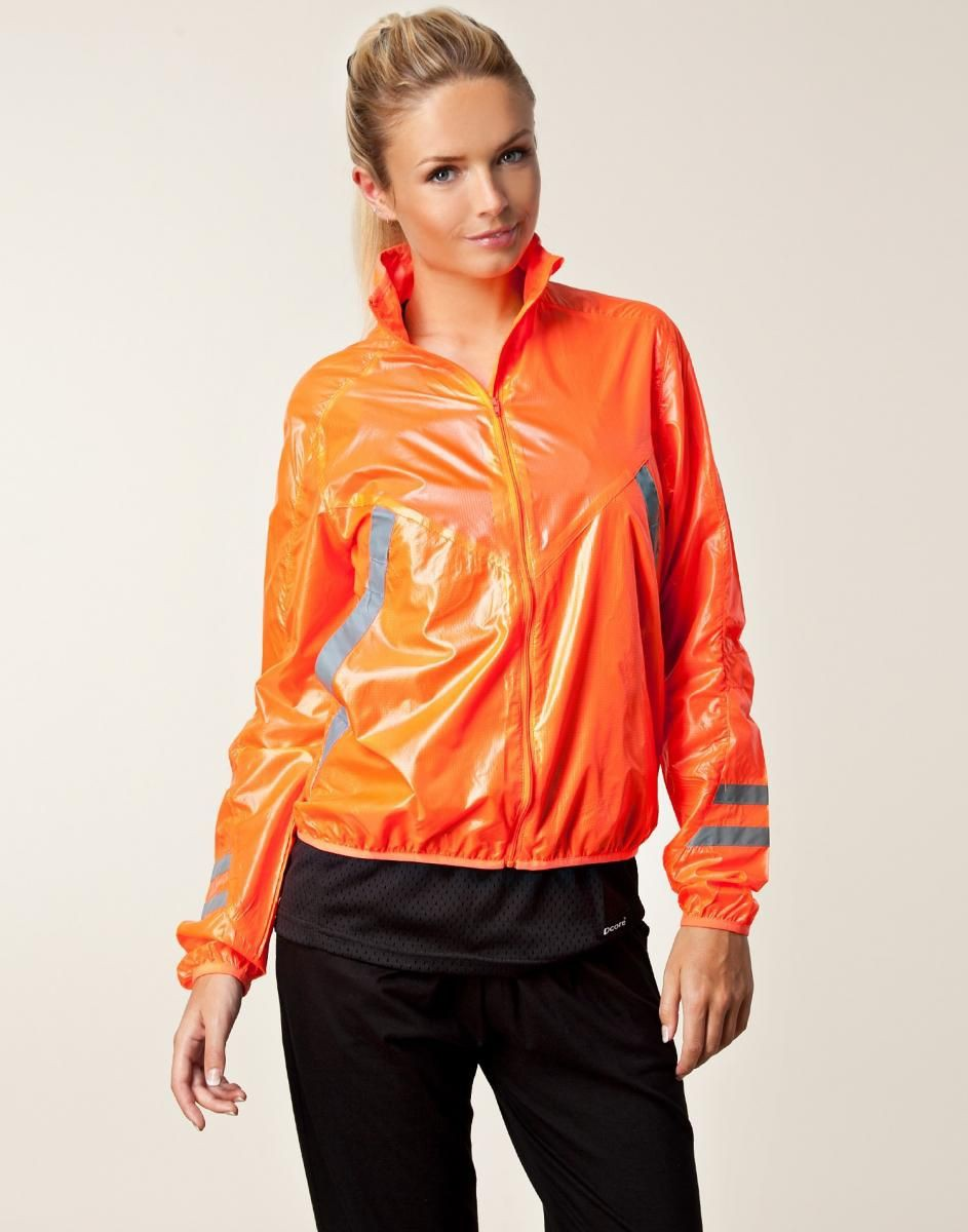 Tumbler Windbreaker Outfits