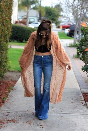 Boho flare jeans outfit, Crop top