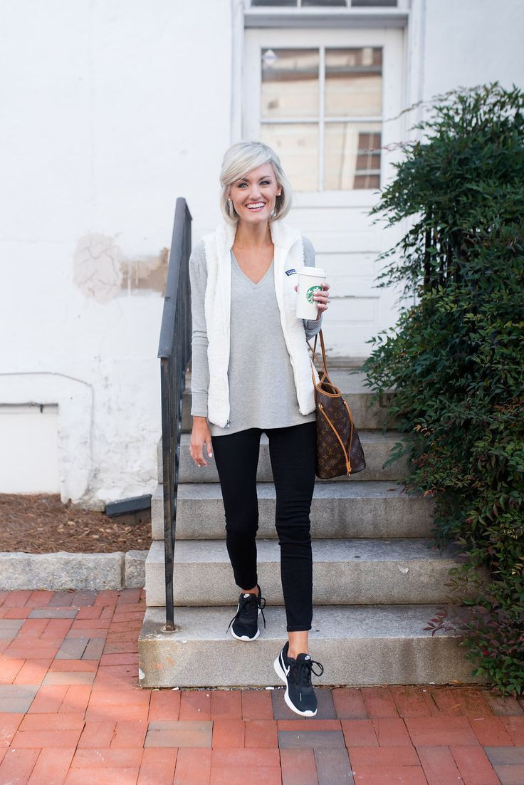 Beautiful & lovely athleisure outfits over 50, Casual wear