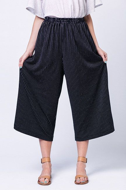 Celebrities choice elastic waist culottes, Capri pants