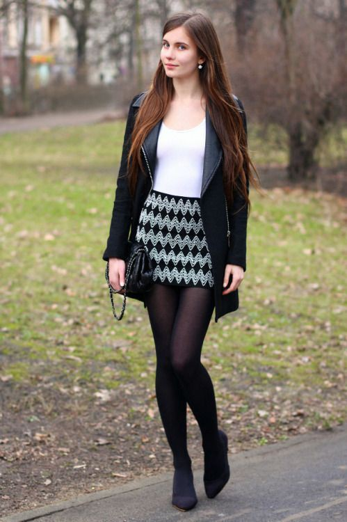 mini skirt and leggings outfits