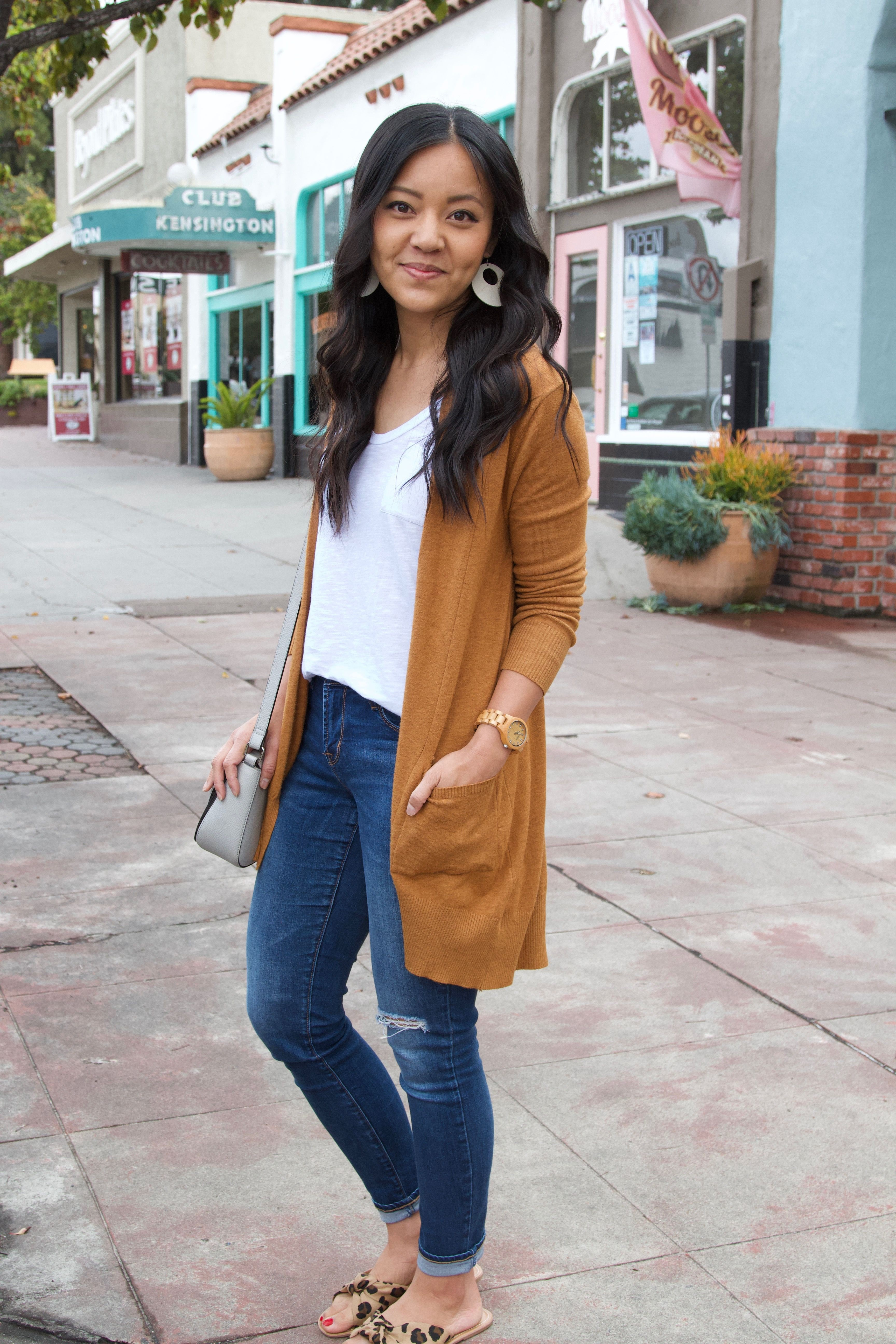 Spring Outfits For Women, Denim skirt, Casual wear