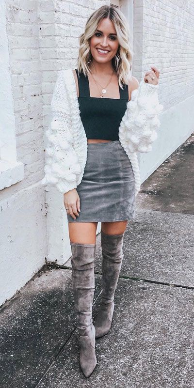 Holiday Outfit Ideas For Women, Dress and Impress, Christmas Day