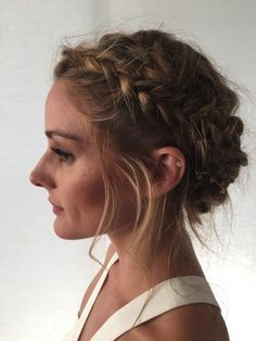 Pick these must have braided crown hairstyle, Short hair