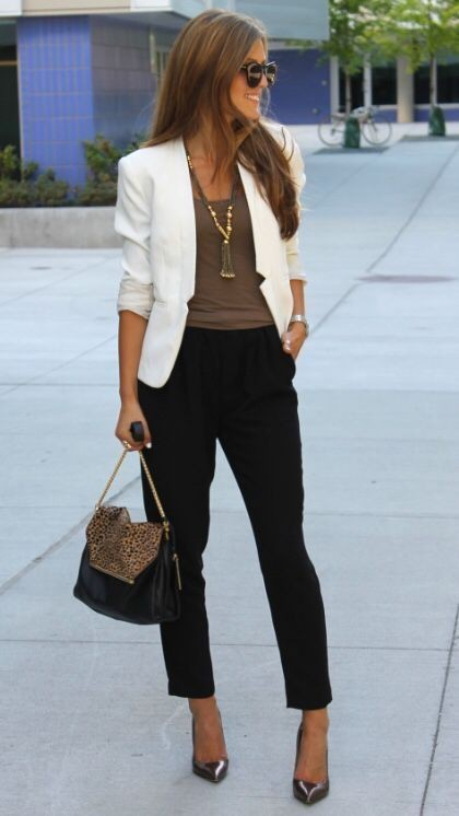Business White Casual Outfits
