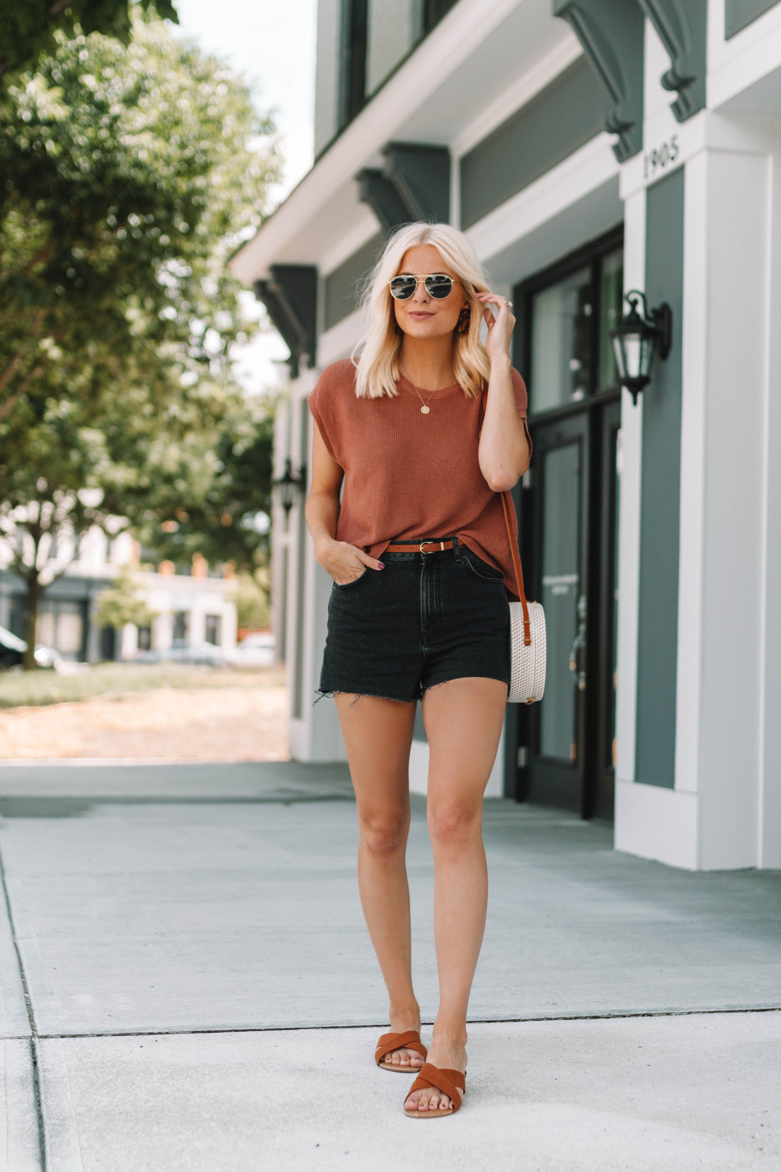 Summer black shorts outfit, Casual wear