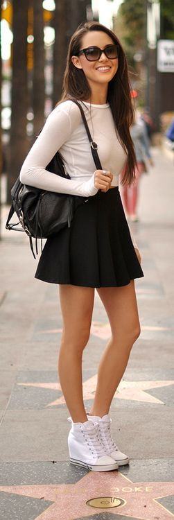 Black circle skirt outfit, Casual wear