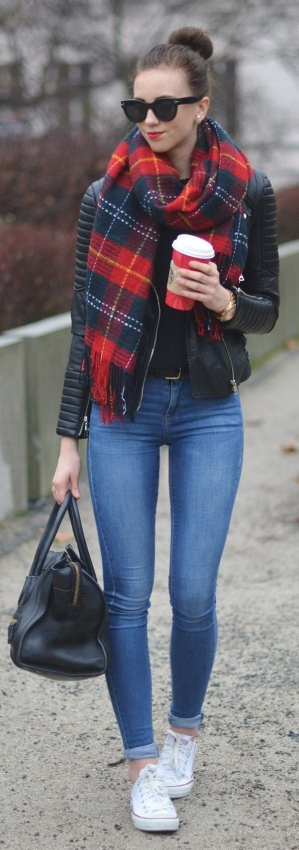 Get more ideas on minimal outfits, Casual wear