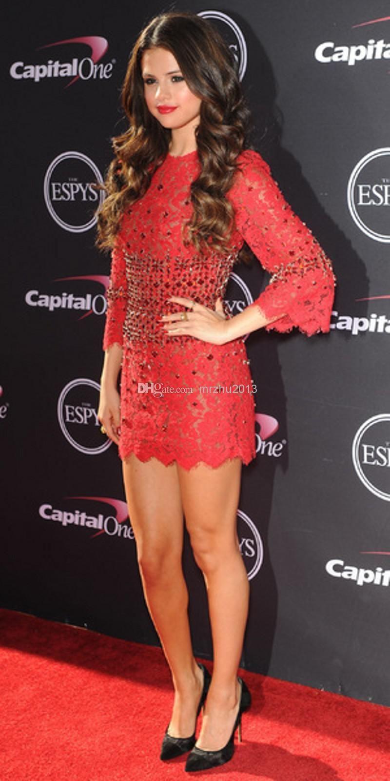 Kırmızı elbise ile ne renk ayakkabı