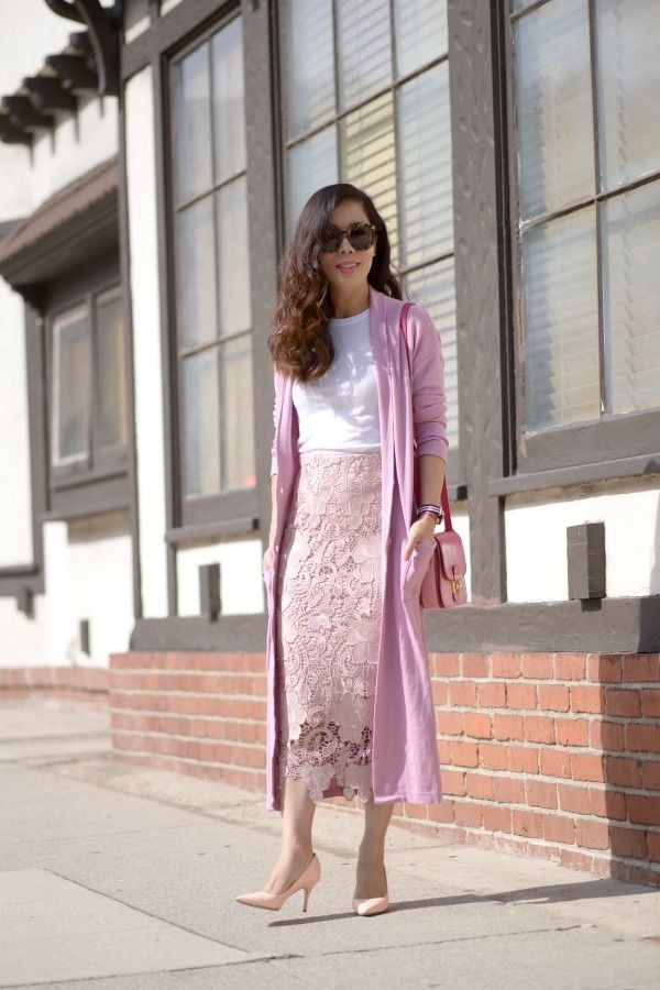 Long lace pencil skirt outfit