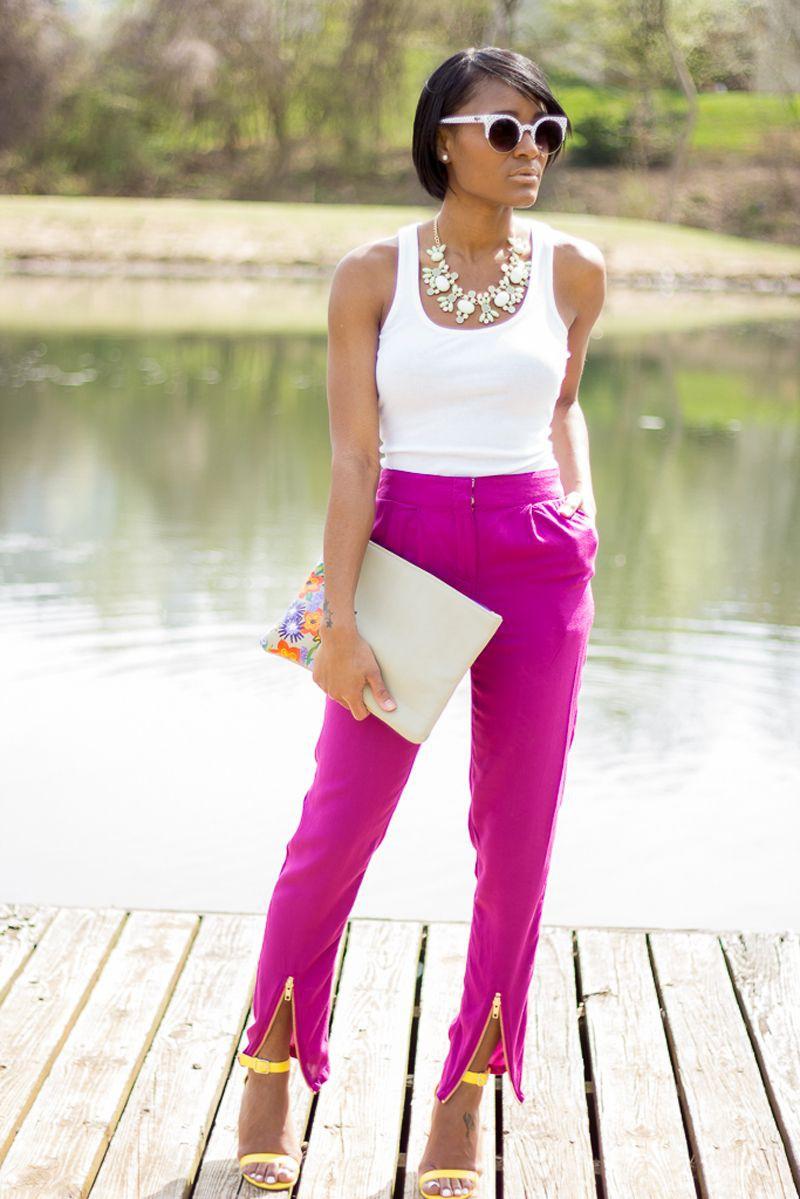 Where to see fuchsia pants outfit, Capri pants