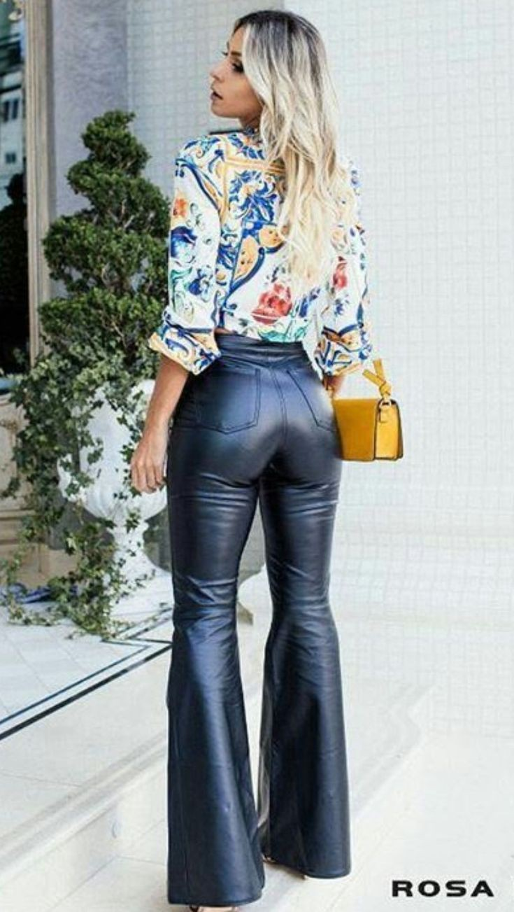 Really gorgeous bellbottom leather pants, Leather clothing