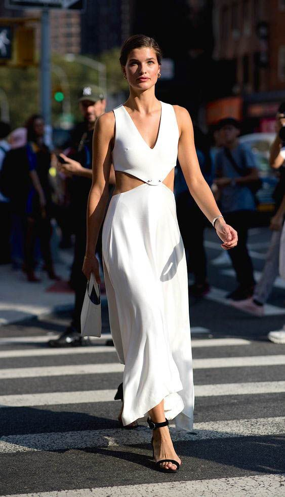 Check out these top 25 fashion model, Kourtney Kardashian