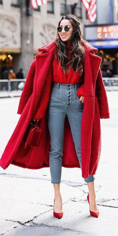 Stylish Holiday Outfit Ideas For Women