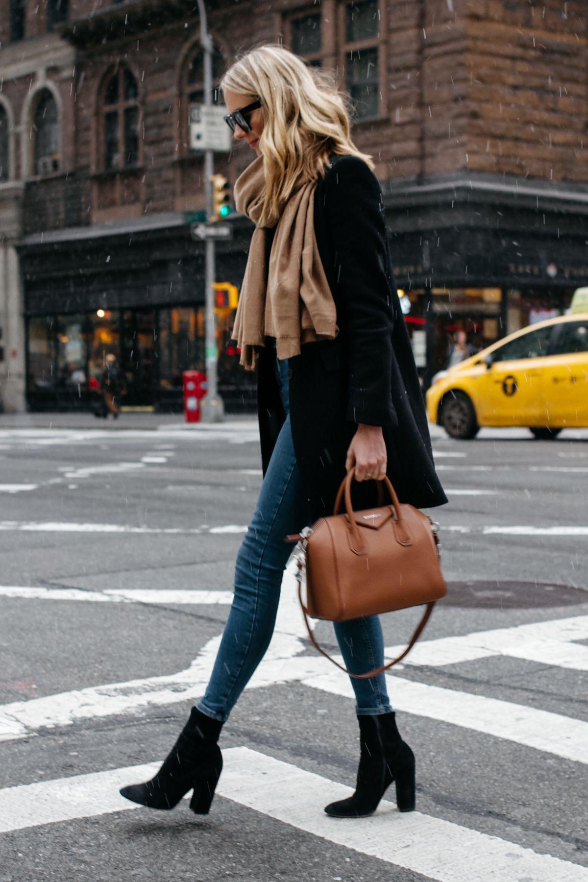 Brown bag black boots, Slim-fit pants
