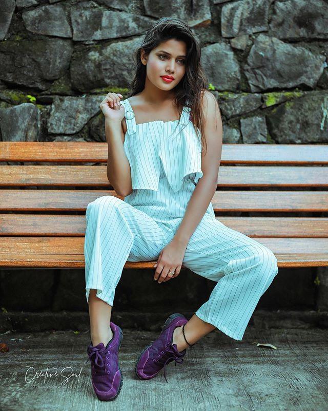 Amanda Sharma Casual Wear, Hot Photos
