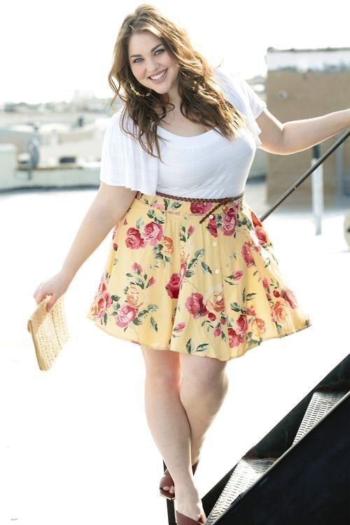 Curvy girls in skirt, Plus-size clothing