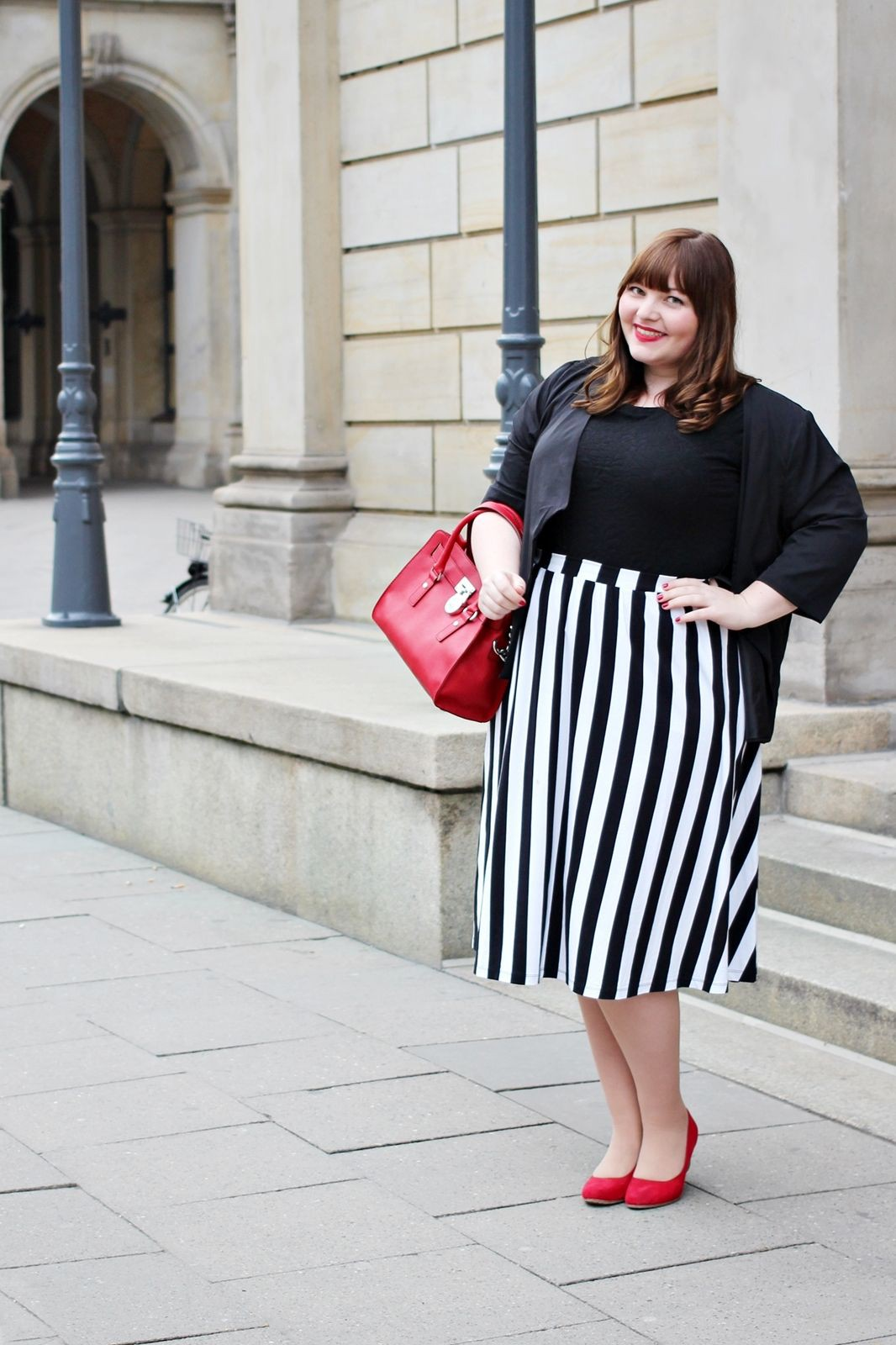 Plus Size Workwear Outfits, Pencil skirt, Thigh-high boots