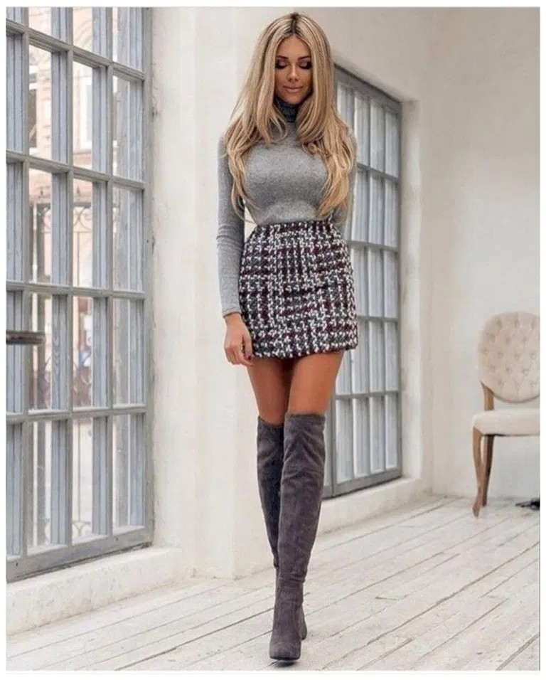 Well liked skirts with boots, Knee-high boot