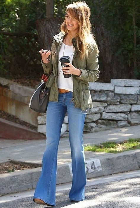 Jessica alba flare jeans, Jessica Alba