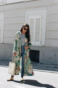 Just lovely kimono outfit, Floral-Print Kimono