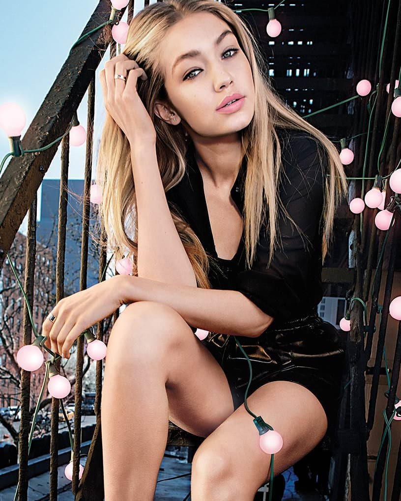 Hottest Outfits Gigi Hadid Snaps Instagram