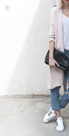 Tumbler Outfits With Long Cardigan, T-Shirt & Jeans