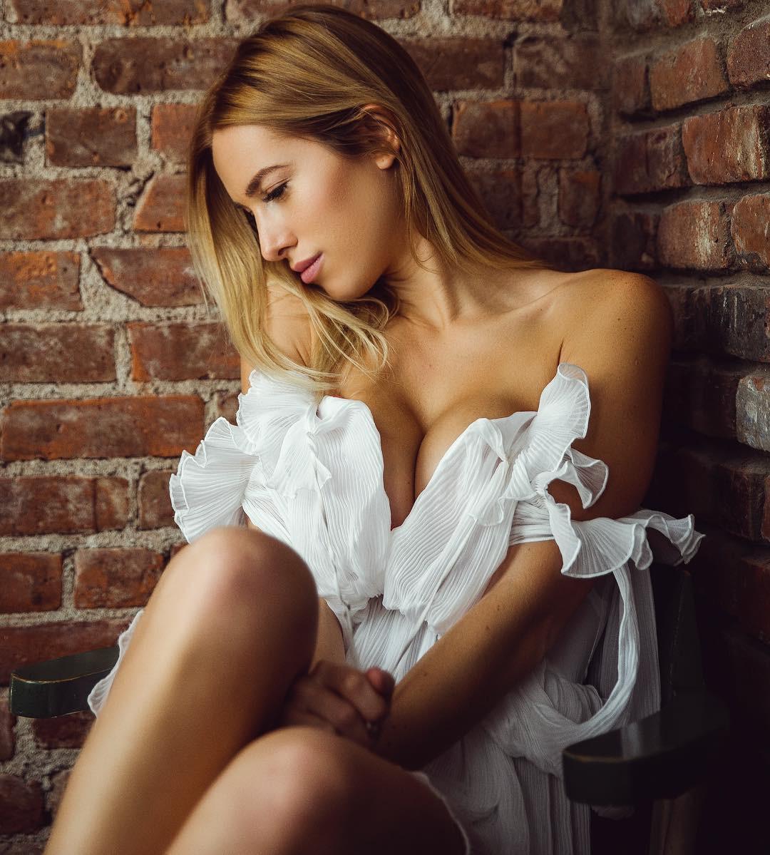 Maria Doroshina girls photoshoot, photography for girl, legs picture