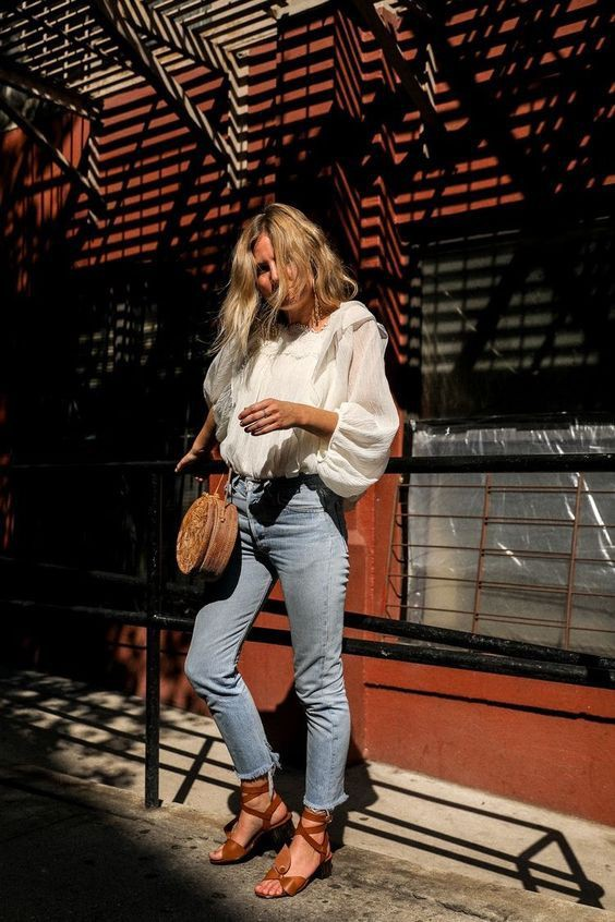 Fashionable Outfit With Jeans For Young Girls – Casual Clothing
