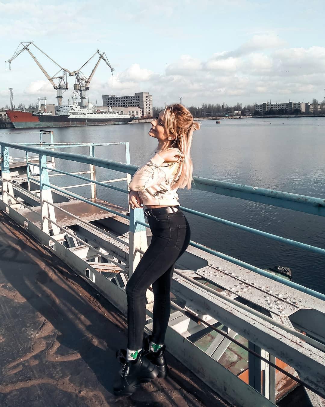 Aleksandra Glance trousers, leggings, jeans outfits for women
