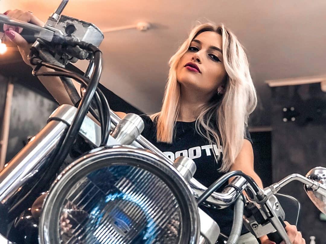Aleksandra Glance hot girls photoshoot, cute girls photos, automotive lighting