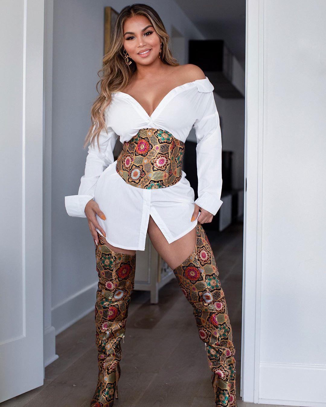 Dolly Castro hot legs, hot legs, Long Hair Ideas