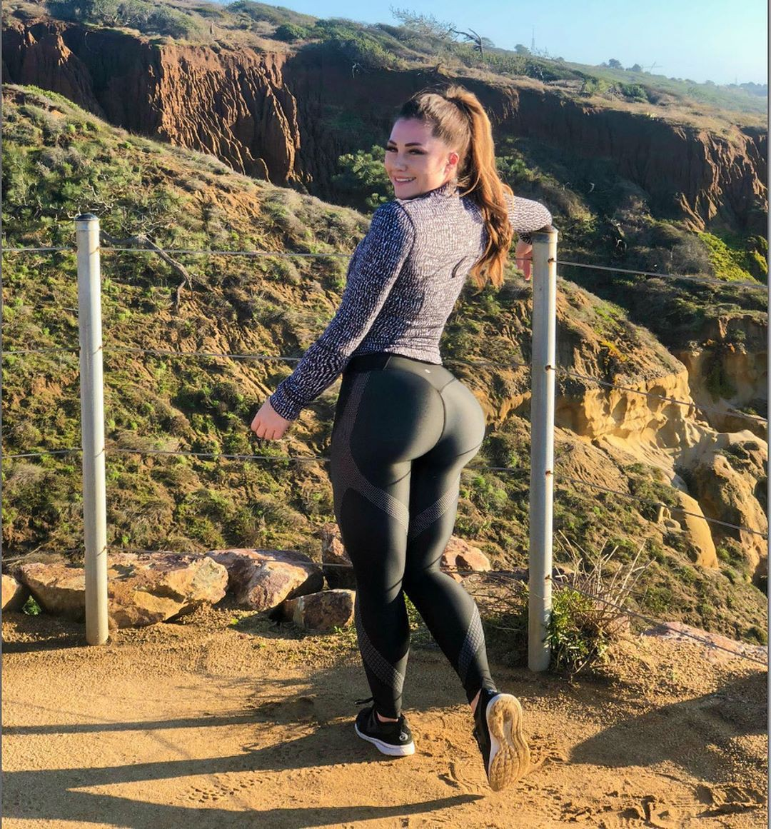 Caitlin Rice sportswear, trousers, leggings clothing ideas