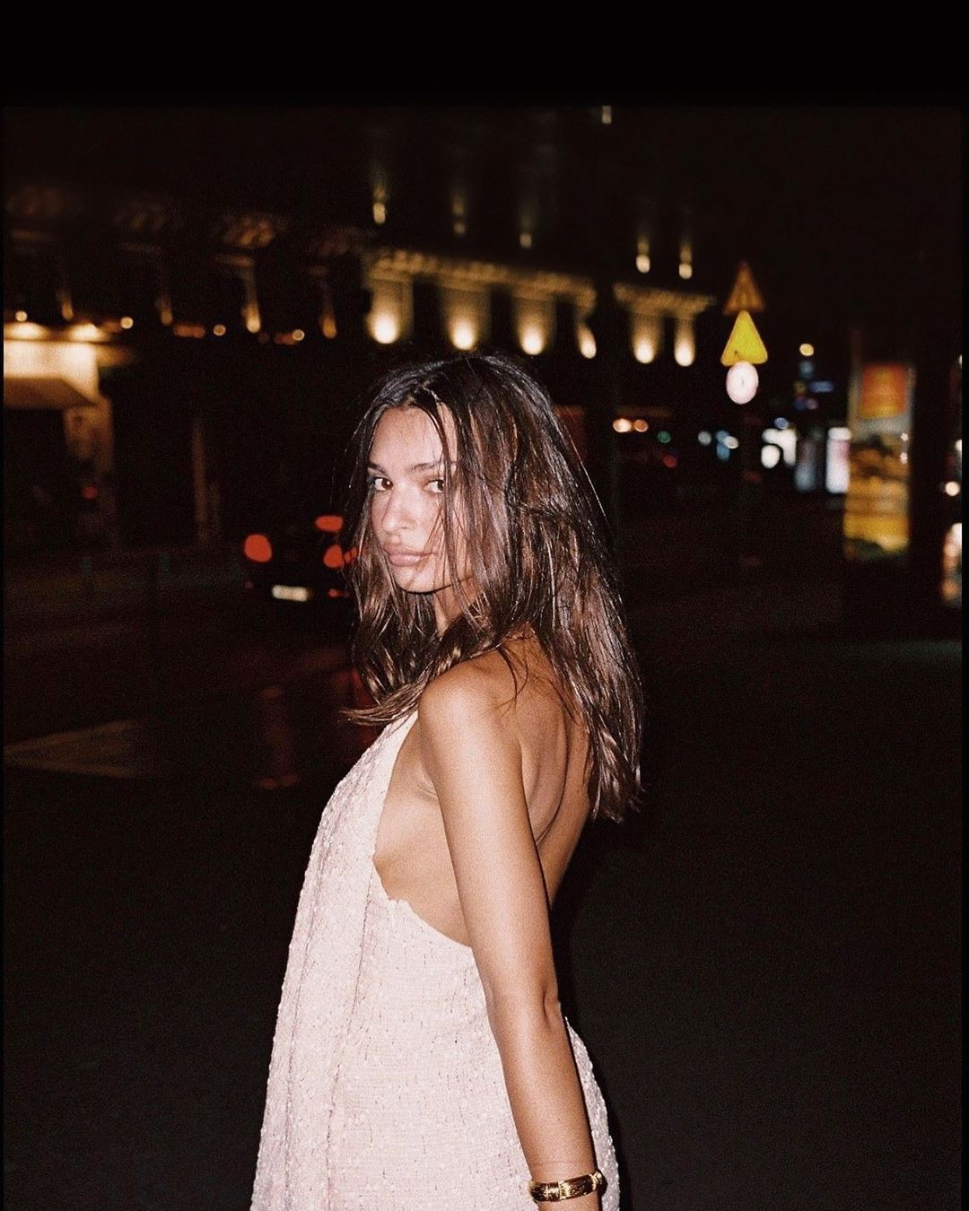 Adorable Style Emily Ratajkowski Photographs Instagram