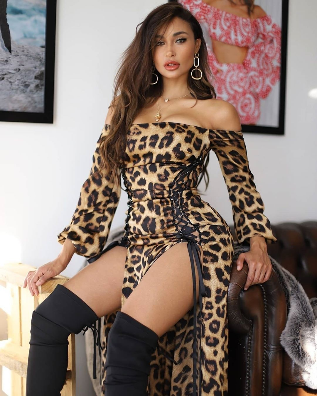 Marona Tanner lingerie stocking colour outfit, you must try, female thighs