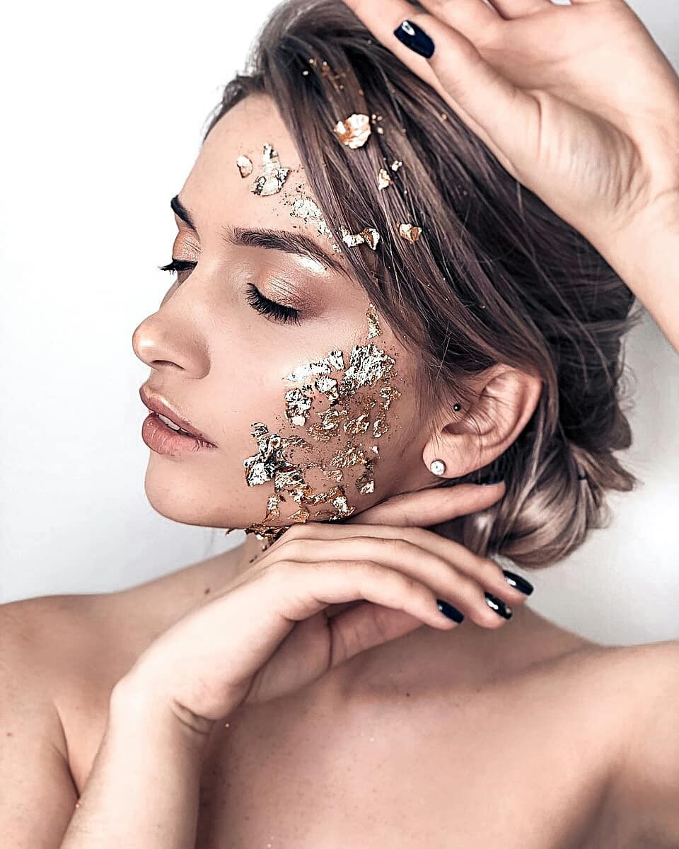 Aleksandra Glance Face Makeup, Hairstyle For Girls, headpiece