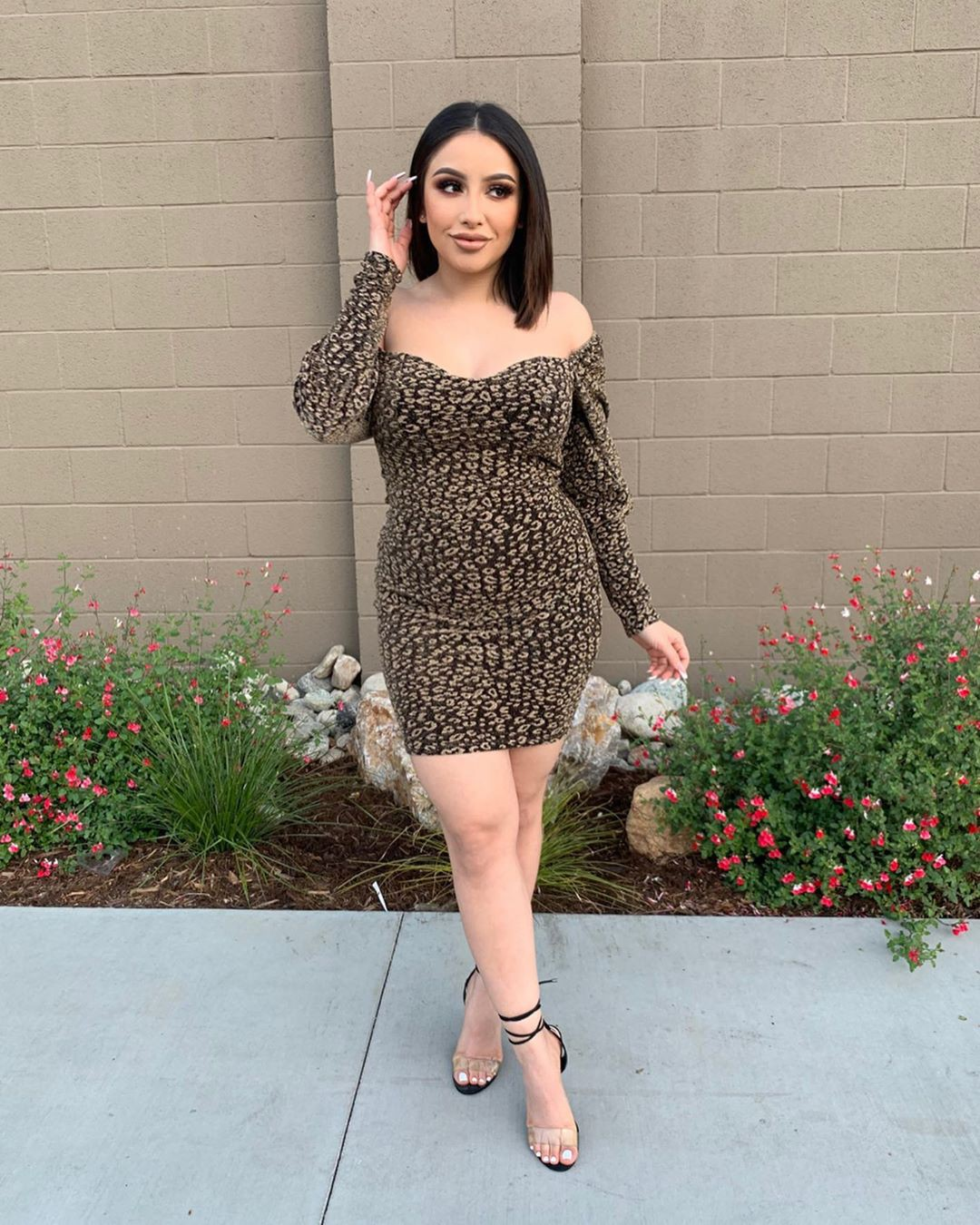 Erika Rodriguez cocktail dress outfits for girls, fine legs