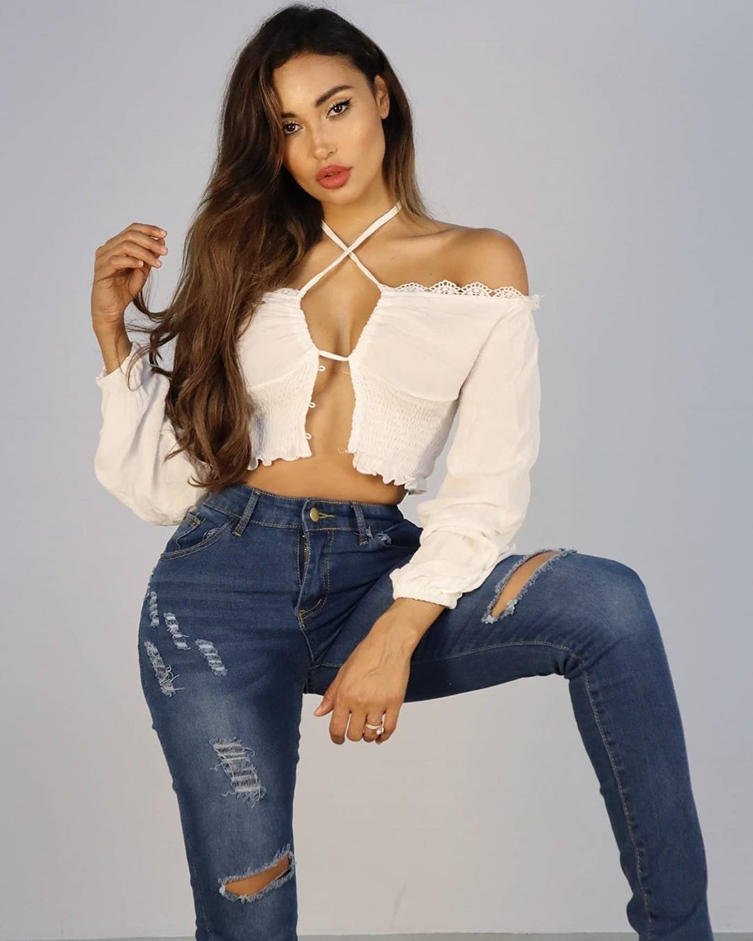 white dress for women with denim, jeans, best photoshoot ideas