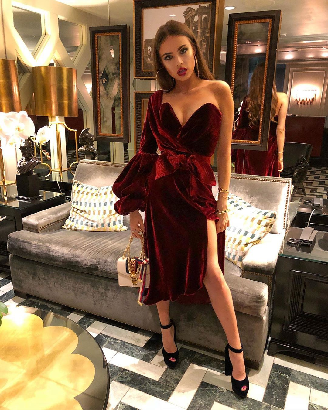 Xenia Tchoumitcheva cocktail dress colour outfit, attire ideas