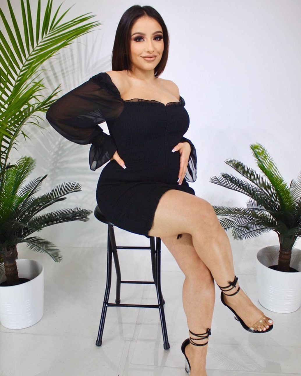 Erika Rodriguez little black dress colour outfit, you must try, woman thighs, sexy leg picture