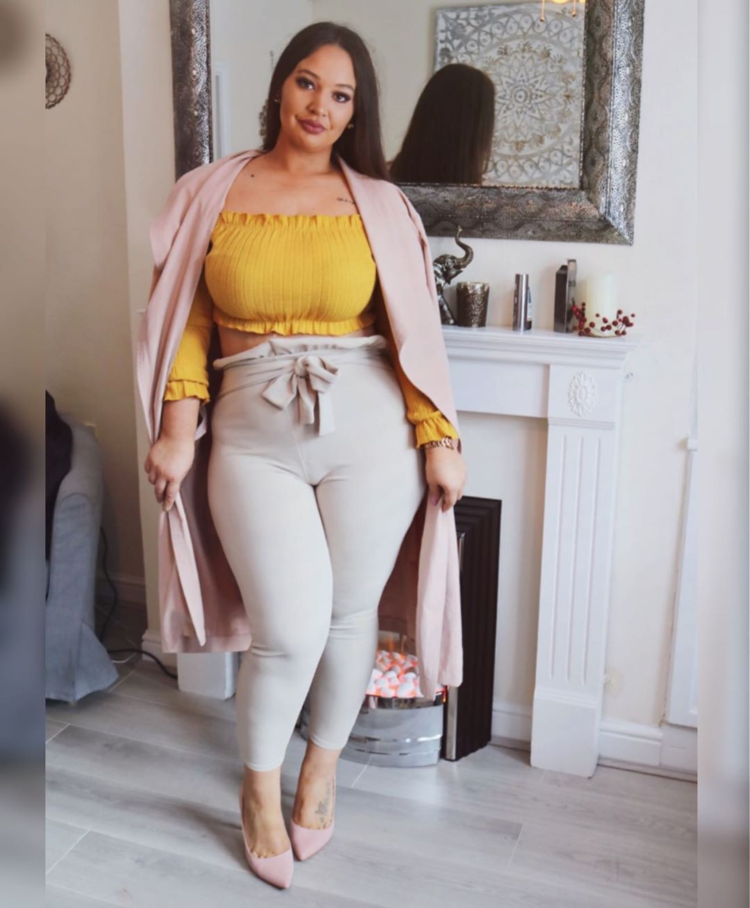Yellow and beige crop top, jeans, fashion wear