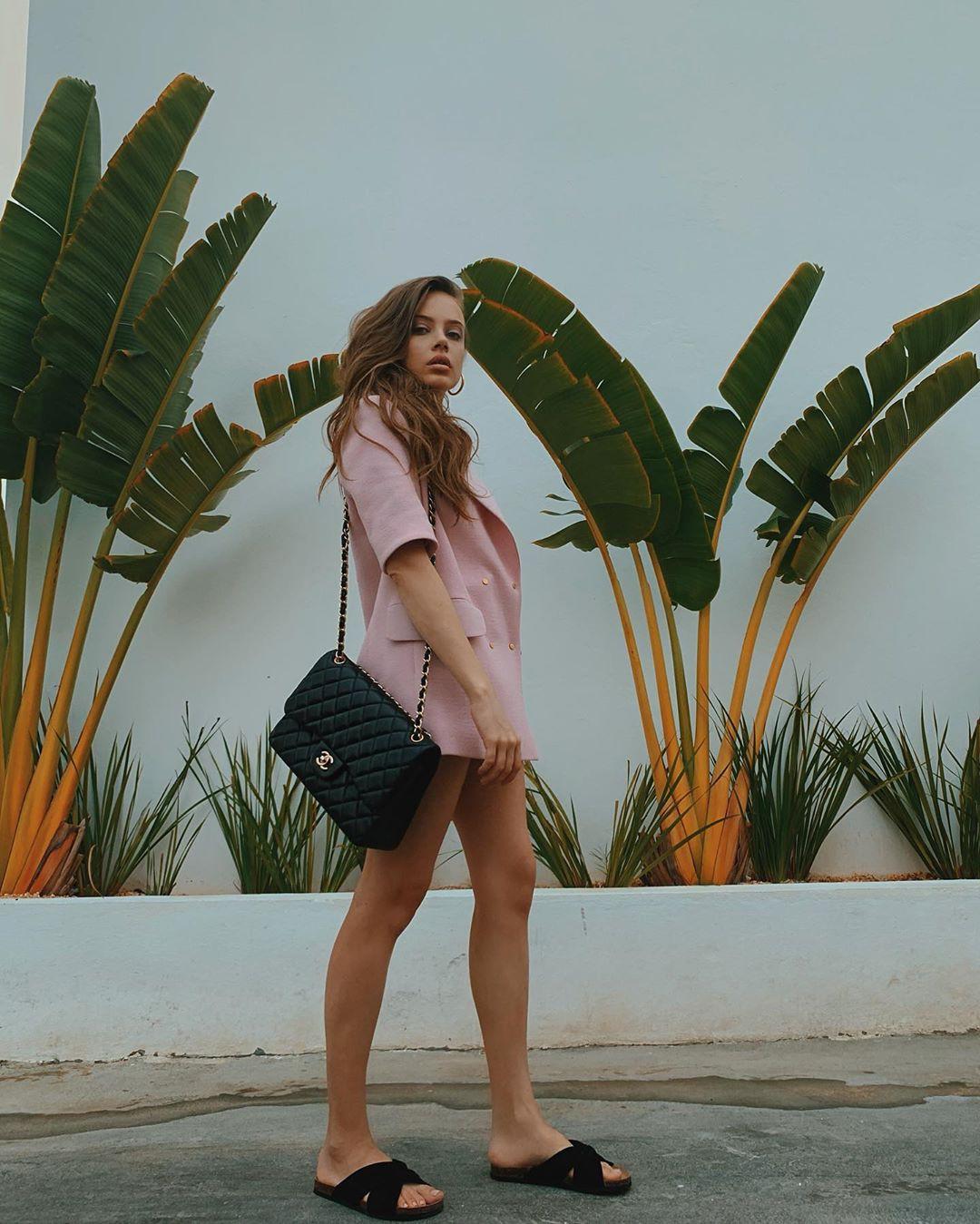 Xenia Tchoumitcheva shorts matching outfit, cute girls photos, legs pic