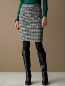 Wonderful Comfy Skirt And Boots Outfit For First Date