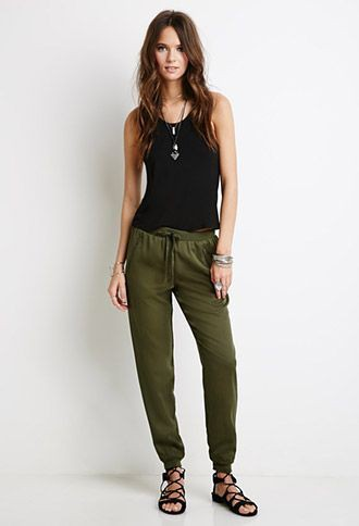 Green jogger pants outfit womens