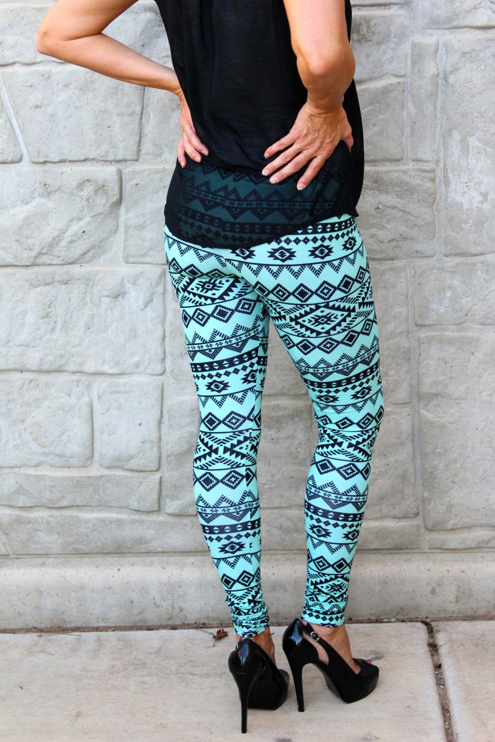 Turquoise and green dresses ideas with trousers, leggings, tights