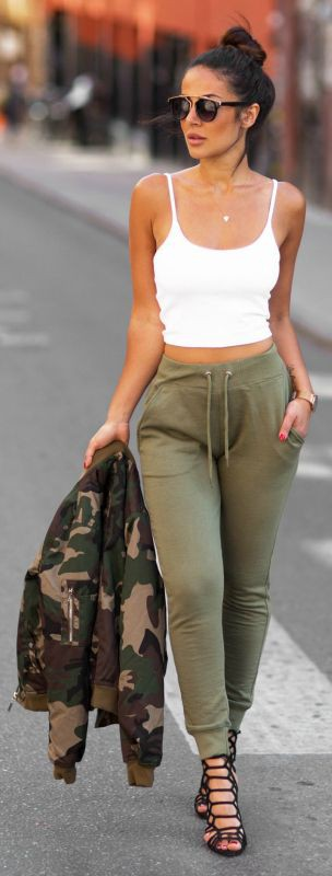 Womens joggers outfit