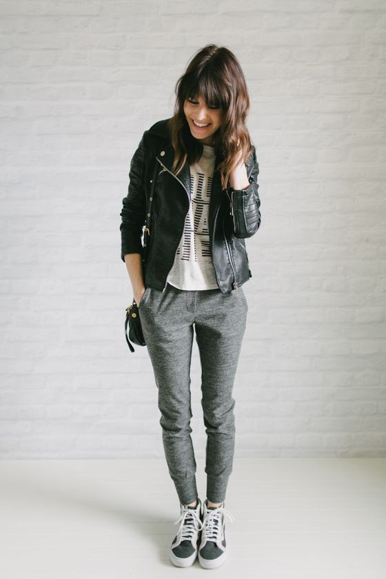 Sweatpants winter outfit
