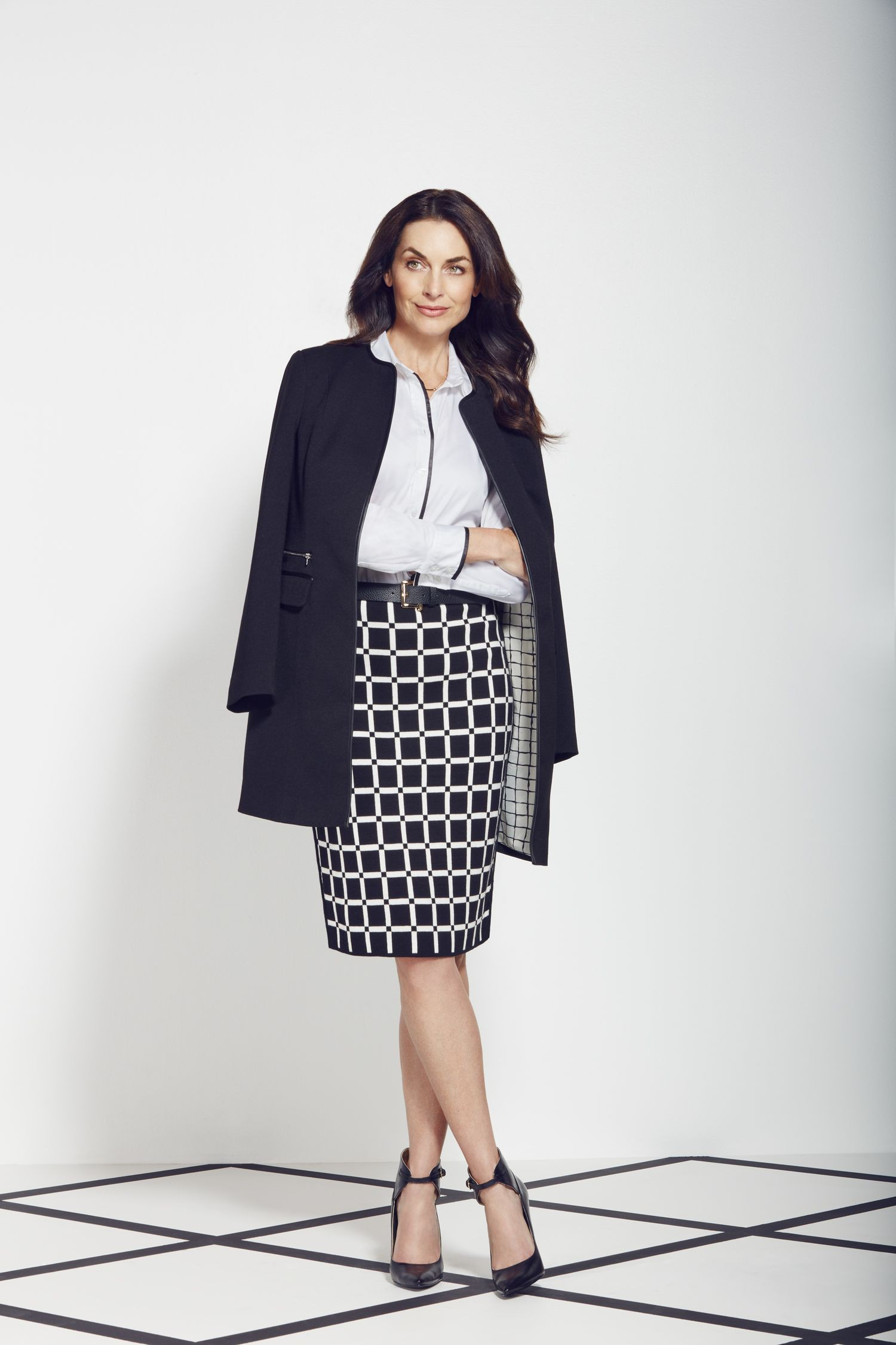 Black and white outfit ideas with pencil skirt, polka dot, tartan