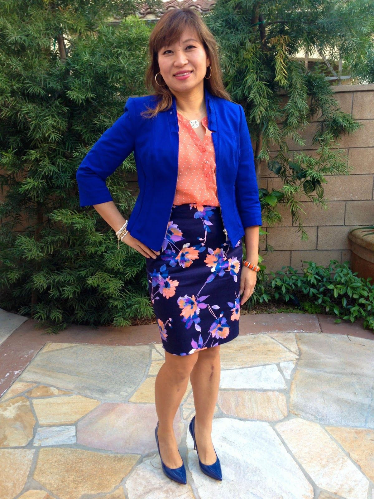 Electric blue and cobalt blue colour ideas with pencil skirt, shorts, jacket